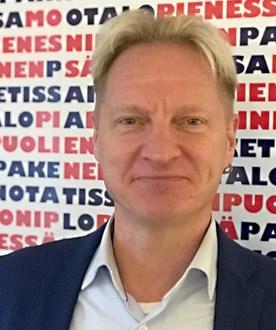 Myyntipäällikkö Marko Kirsiaro suosittelee Mainostoimisto Hurraata